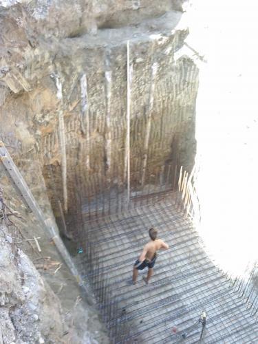 Zabezpečenie kolmých stien výkopu (VÚIS Bratislava)